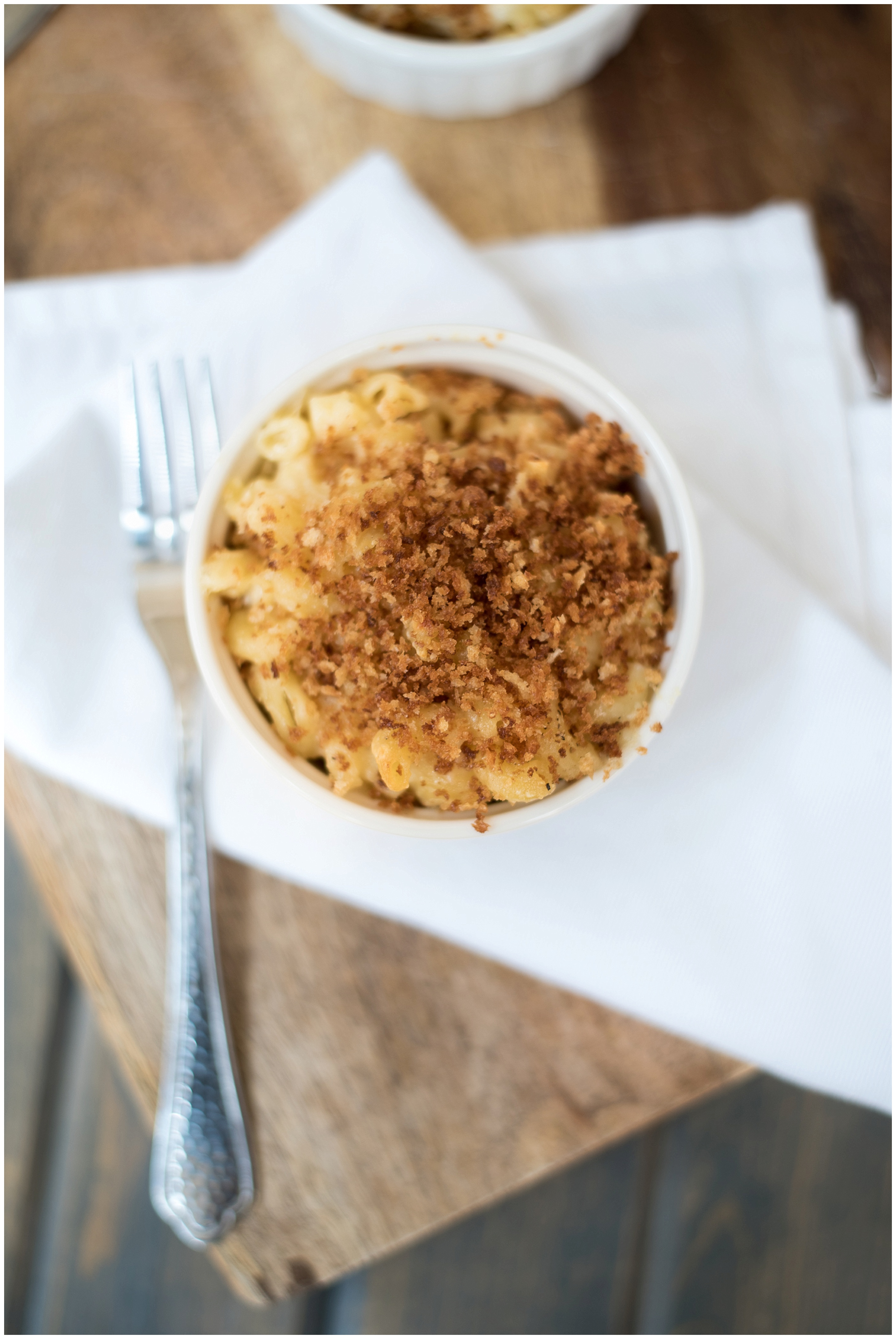 The occasional Sunday calls for delicious, cheesy, comfort food. That's where this White Cheddar Macaroni and Cheese recipe comes in. www.thenewmrsallen.com