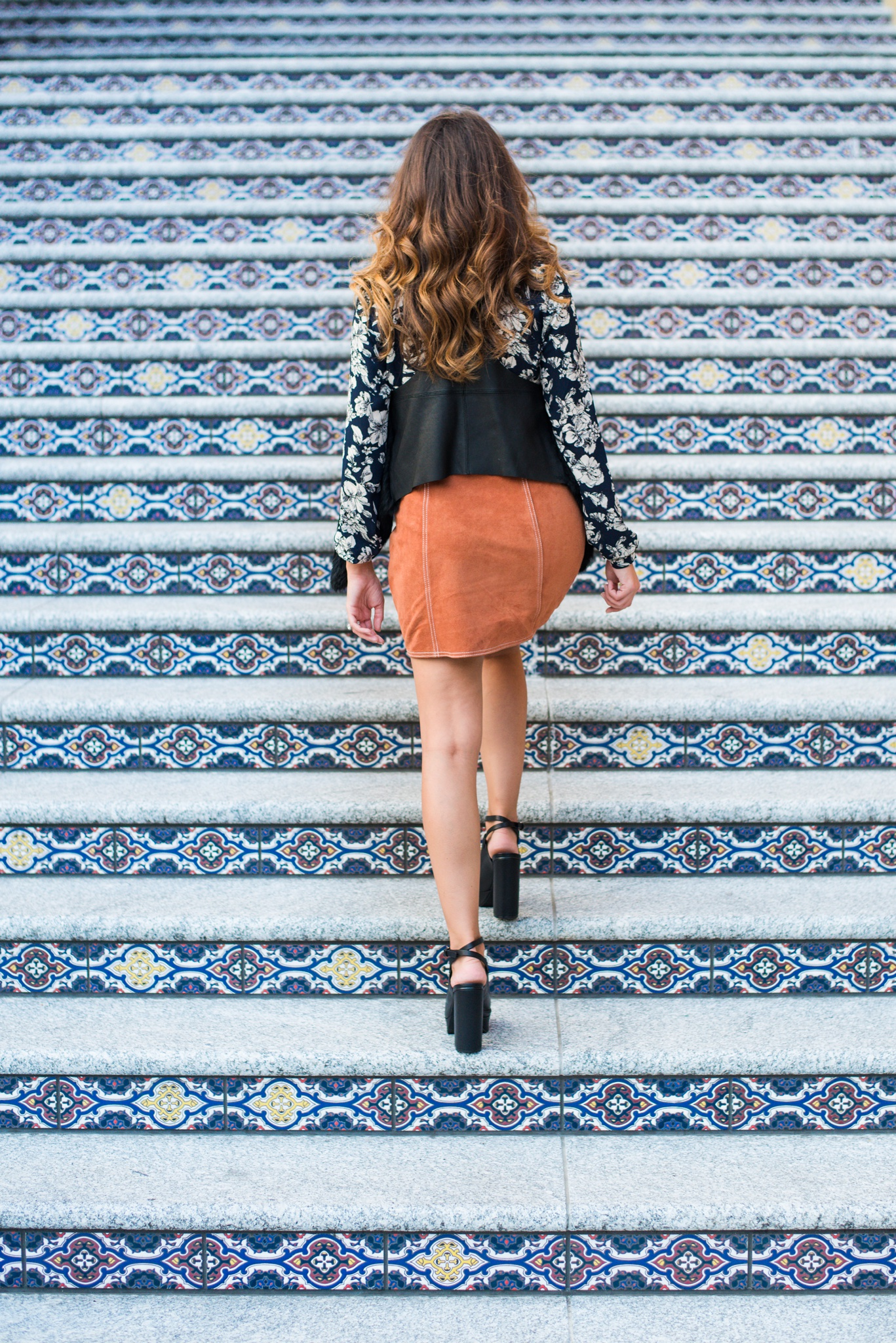 Fall 2015 Fashion Ideas. Great shopping tips and links to purchase some of the hottest trends of the fall. -- TheNewMrsAllen.com