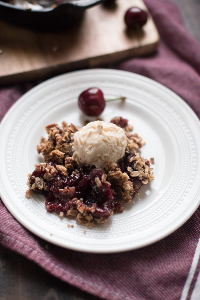 This almond cherry crisp uses fresh, cherries, slightly sweetened & is topped with a nutty, crunchy crust made with sliced almonds, oatmeal and brown sugar.