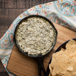 Baked Spinach Dip with Roasted Garlic
